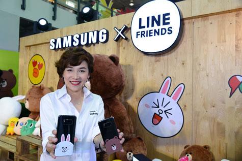 วราพร ลิขิตจรรยากุล ผู้จัดการผลิตภัณฑ์อาวุโส ธุรกิจโทรคมนาคมและไอที บริษัทไทยซัมซุง อิเลคโทรนิคส์