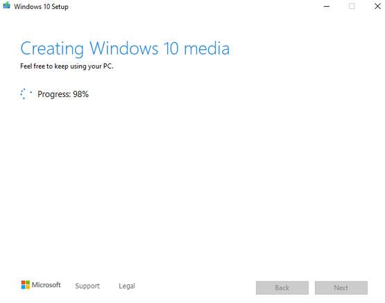 Creating Windows 10 media