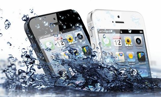 iPhone กันน้ำ