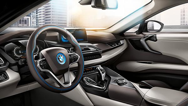 BMW i8 ภายใน